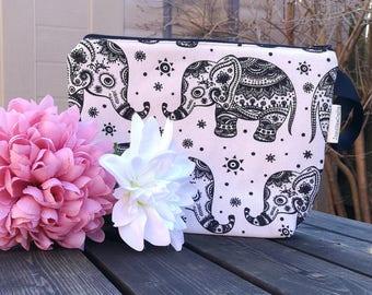 Medium 2 skein Project Bag.  Henna Elephants
