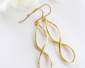 Gold Earrings, Gold Hoop, Infinity Earrings, Figure Eight, Simple and Modern Design, Gold Double Circle, Everyday Casual