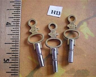 Vintage Antique Watch-  Pocket watch keys- Steampunk - Altered art H13
