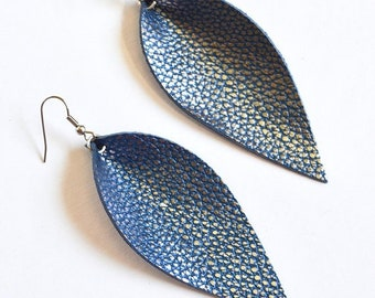 SUMMER VACATION FLASH True Blue and Silver Leather Leaf Earrings  //   Leather Petal Earrings // Joanna Gaines Inspired Jewelry //  Leafy Tr