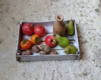 Box with fruit