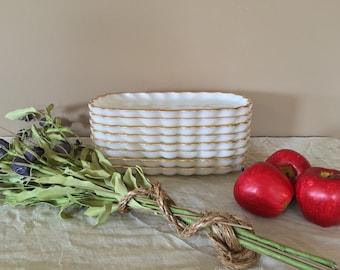 Milk Glass Plates / Set of 8 Plates / Wedding Plates / White Plates / Anchor Hocking Plates / Vintage Plates / Vintage Milk Glass