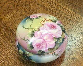 Hand Painted Beautiful Nippon Roses Flower Powder Box Jewelry Box