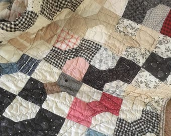Antique Hand-Made 1930s Pieced Quilt Bow Tie Pattern, Calico, Muslin #1094