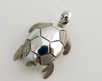 SaLe! sALe! Turtle Brooch Mexico Sterling Silver 1970