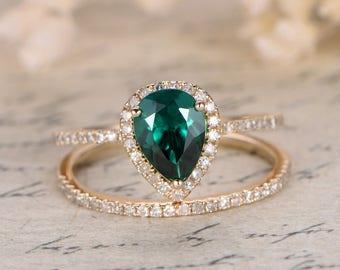 Valentine's Present Emerald Engagement Ring Set Pear Cut Emerald Ring Set and Diamond Wedding Band Bridal Wedding Ring Set 14k White Gold