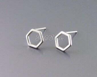 4 tiny 7mm matte silver hexagon / honeycomb stud earrings, minimal geometric earrings 1074-MR-7