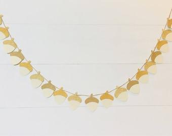 Acorn garland / glitter and gold garland / fall garland / fall mantel decor / fall decor / gold fall decor / acorn decor / fall acorn