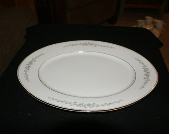Hampton china, Ardmore, 12 inch oval serving platter