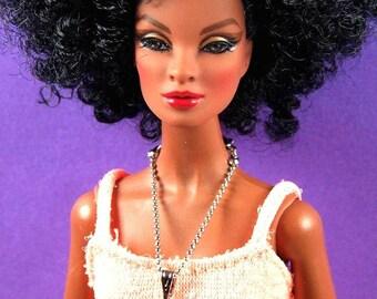 Barbie Dangle-Diamant-Form-Halskette von Pam Maness für TFS
