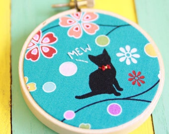 Japanese Kitten Fabric Hoop With Quote