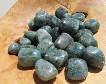 Apatite Medium Tumbled Stone