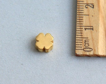 Leaf Clover, Clover Flower Bead, Clover Bead Charm, 24K Gold plated sterling silver Clover Flower Charm, Gold plated clover, 7mm( 1 piece )