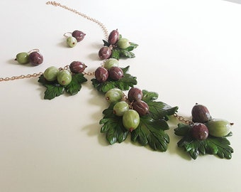 "Set ""gooseberries Red and Green"": Earrings & Necklace"