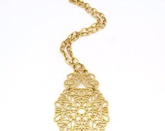 Crown Trifari Necklace | Gold Statement Necklace | Floral Statement | Floral Necklace | Trifari Runway | Filigree Necklace | Trifari Pendant