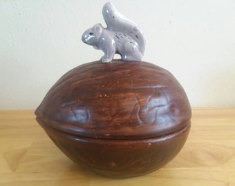 Squirrel and Nut Dish