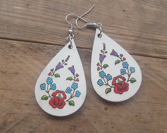 Folk pattern earrings