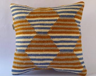Rug Pillow 16x16 40x40cm. Decorative Moroccan Kilim Rug Pillow Cover Cushion. Home Decor