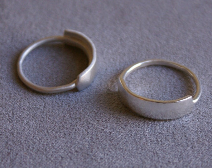 Banner Ring in Sterling Silver