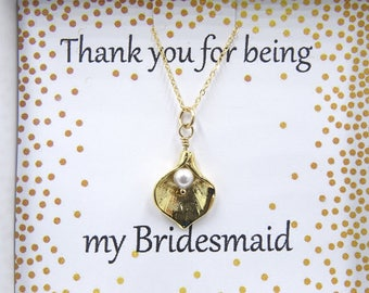 Bridesmaid necklace Dainty bridal necklace, Bridesmaid gift Dainty Calla Lily necklace, Dainty Lily with Pearl Necklace, Wedding necklace