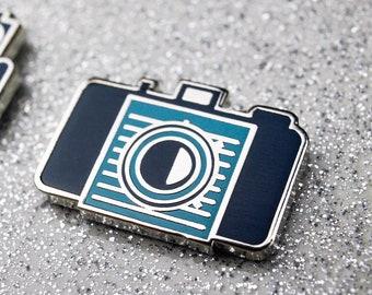 Film Camera Pin - Kodak Pony 828 - Camera enamel pin
