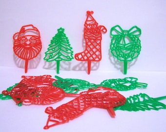 12 Retro Christmas Cupcake Picks