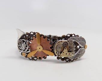Steampunk cuff . Steampunk bracelet. Steampunk jewelry.