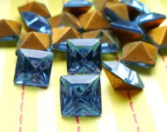 12 Vintage Light Sapphire 8x8mm Square Glass Jewels  (2-33-12)
