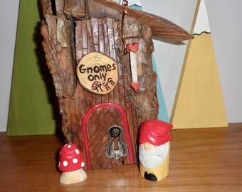 Gnome Home, Gnome House, Gnome gift set, bookshelf gnomes, Gnome, hand carved gnome