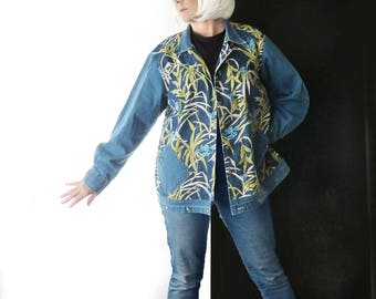 Plus size lightweight Denim canvas jacket, Upcycled clothing, blue floral coat, size 20, XL, 1X, 2X, artsy, one of a kind, Liz Claiborne
