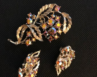 Vintage Lisner Brooch Clip-On Earrings Signed