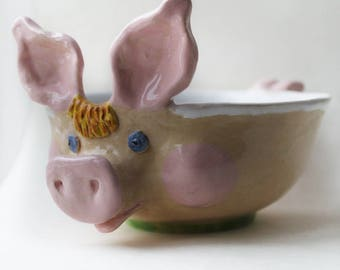 Ceramic Pig Bowl hand sculptured, Pig soup bowl, serving bowl, cereal bowl, chidren tableware, pasta bowl, Pig soup mug handled, pig planter