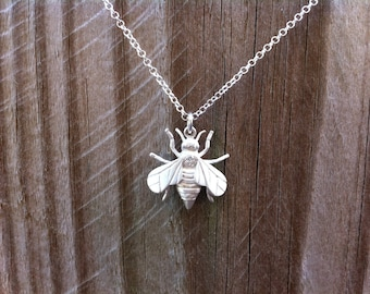 Queen Bee - Solid 925 Sterling Silver Pendant with Diamond -