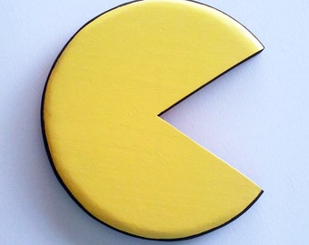 Pac-Man Pacman wall art hand painted plaque for room / arcade awesome gamer gift Children's Boys Bedroom wall art plaque