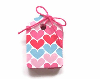 25 Valentine Tags, Party Favor Valentine Tags, Hearts, Valentine Chevron Tags, Pink, Red Tags, Valentine Scalloped Tags