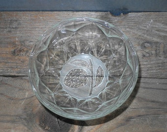 Vintage Glass Bowl Strawberry