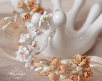 fresia bracelet, flower bracelet, white jewellery, white corsage, bridesmaids bracelet, mocha corsage, fresia corsage, mocha and white
