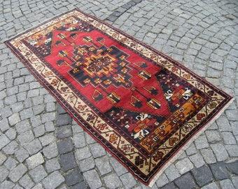 Vintage  Turkish Vegetable  Dye Anatolian Torous Mauntain Nomads  Yoruk  Carpet  Rug 41,7'' X 82,6'' Area Rug