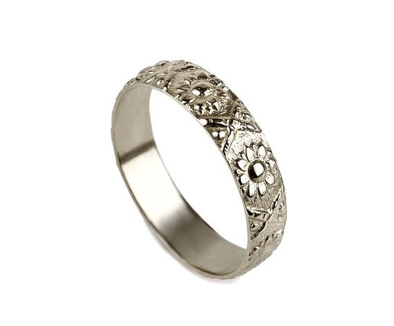 14k Gold flower Wedding Band ring sunflower wedding ring
