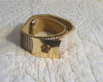 """Gold Plated & White Mesh Elastic Belt 1-1/8""""x22"""" w/o buckle, from the 70's !!"""