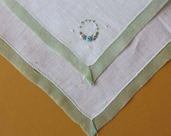 Elegant Vintage Handkerchief with Green Lace Border