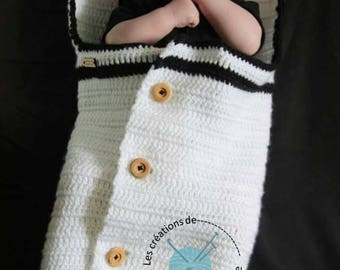 COCOON, Black and White.Fait main.Commande personalized baby Bunting