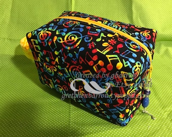 Rainbow Music Notes Make Up Bag, Cosmetic Bag, Toiletry Bag, pouch, cosmetics, zipper pull