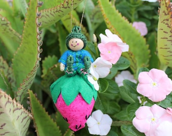 Felt Art Doll, Little Pixies Playing in the Strawberry Patch, Felt Ornament