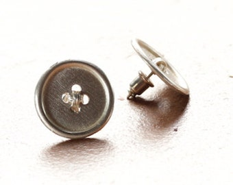 Earrings button
