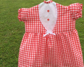 Red Gingham Clothespin Bag with matching handpainted clothespins