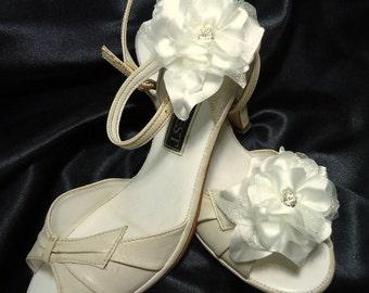 Shoe Clips, Wedding Shoe Clips, Bridal Shoe Clips, Satin Shoe Clips, Clips for Wedding Shoes, Bridal Shoes, Shoe Clips, SC203