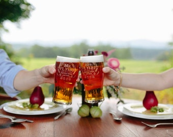 Personalized Mr Mrs Hoppily ever after glasses (set of 2 glasses) wedding gift , newlywed gift , mr mrs gift , couple gift , beer glass