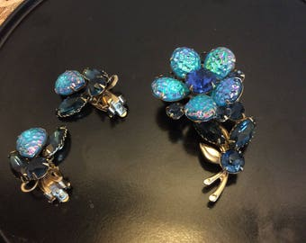 Vintage Blue Iridescents and Rhinestones Flower Shaped Brooch  with Clip On Earrings Set, Shabby  Chic Bridal Jewelry, Prom Glamour  Jewelry