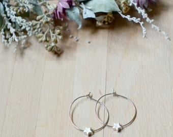 Minimalist and delicate geometric star hoop earings